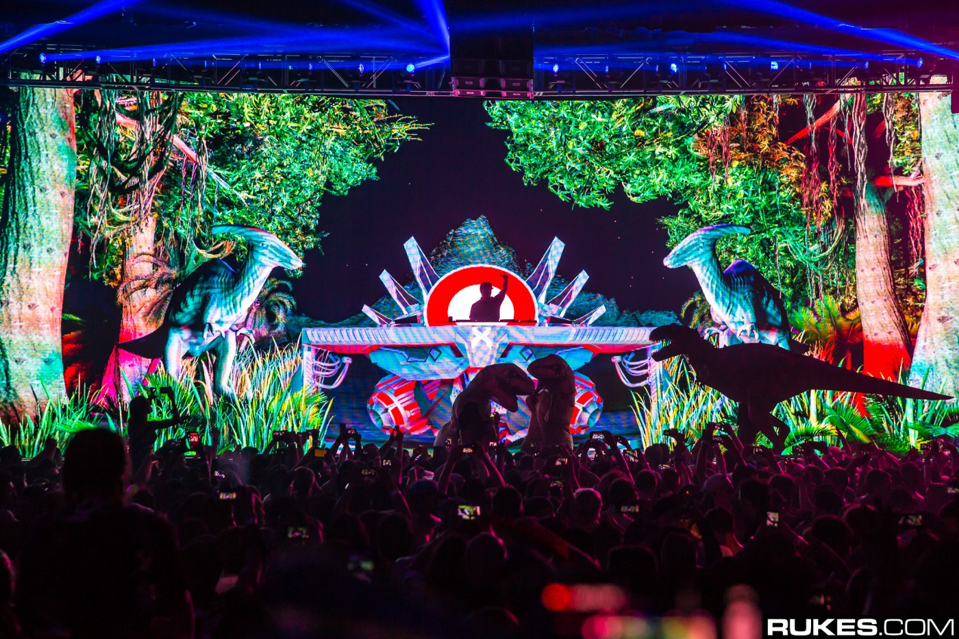 excision-rukes-hollywood-palladium-dinosaurs.jpg