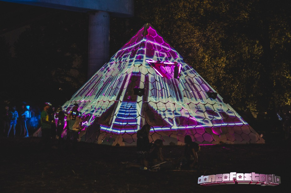 PyramidStageDancefest