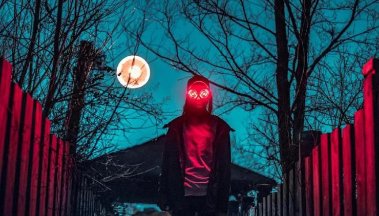 Rezz Eerie background